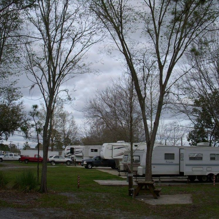 Capri Court Campground